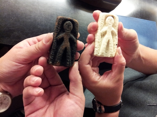 Actual artifact (left) and cast replica (right)