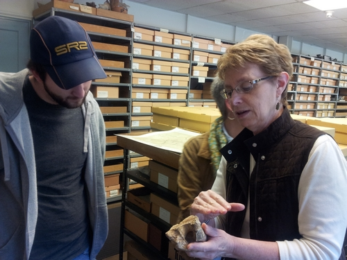 CWF Curator of Zooarchaeology discusses butchery marks with Allen Huber.