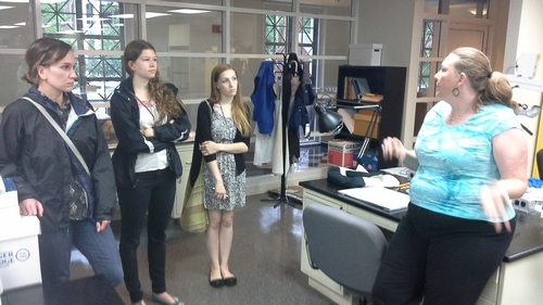 VCU's Ivana Adzic, Laurren Hogg, and Becki Bowman discuss opportunities with VDHR's Katherine Ridgway.